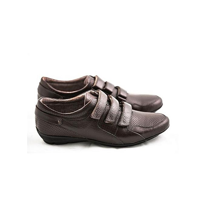 63994d37bd35b4 White Label Chaussures sport chic - Homme - Marron - Cuir Véritable ...