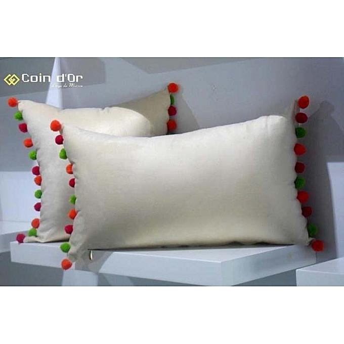 white labelset de 2 coussins avec pompon en laine carr et rectangulaire orang vert pistache. Black Bedroom Furniture Sets. Home Design Ideas