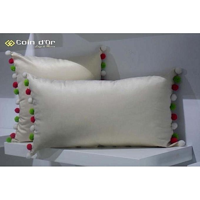 set de 2 coussins avec pompon en laine carr et. Black Bedroom Furniture Sets. Home Design Ideas